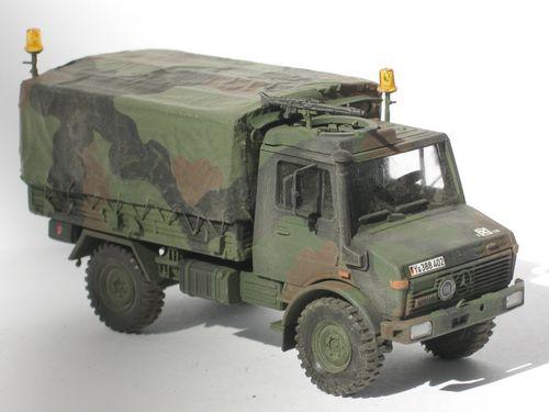 Unimog U 1300L Wartungstrupp