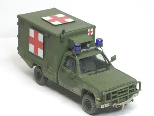 Ambulance rechts