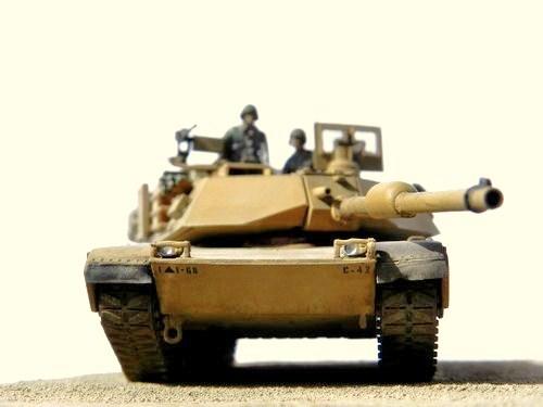 M1A2 Abrams in der Wüste